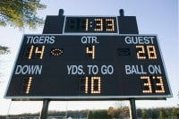 4th quarter comebacks on the scoreboard with only 1 and a half minute left in the game